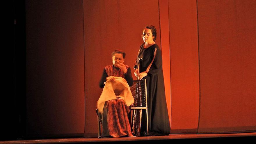 Sarabela Teatro devuelve a la vida al Auditorio con la obra 'Morgana en Esmelle'