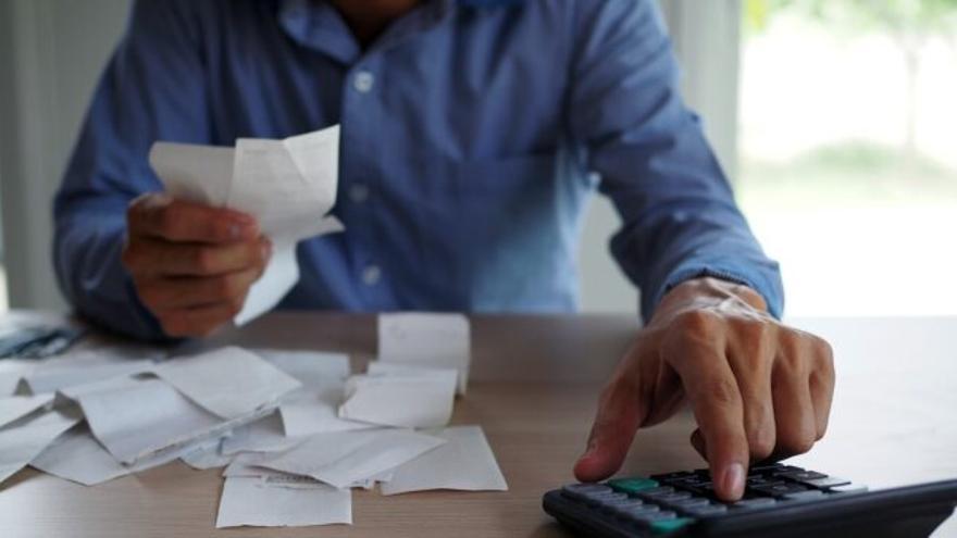 Este miércoles abre el plazo para solicitar las ayudas a empresas y autónomos con deuda pendientes de pago