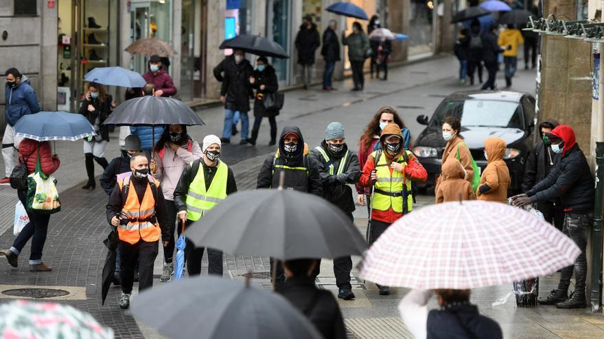 """Hosteleros de Pontevedra completan la primera etapa de su marcha a Madrid para pedir un """"rescate"""" al sector"""