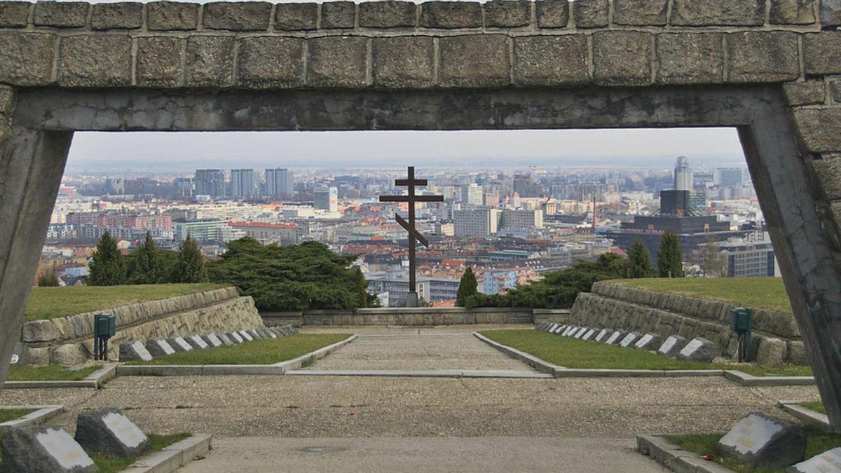 Vistas de Bratislava desde Slavín.