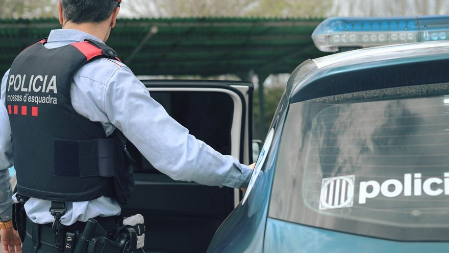 Detenen tres persones per entrar a robar en una casa de Castelló d'Empúries
