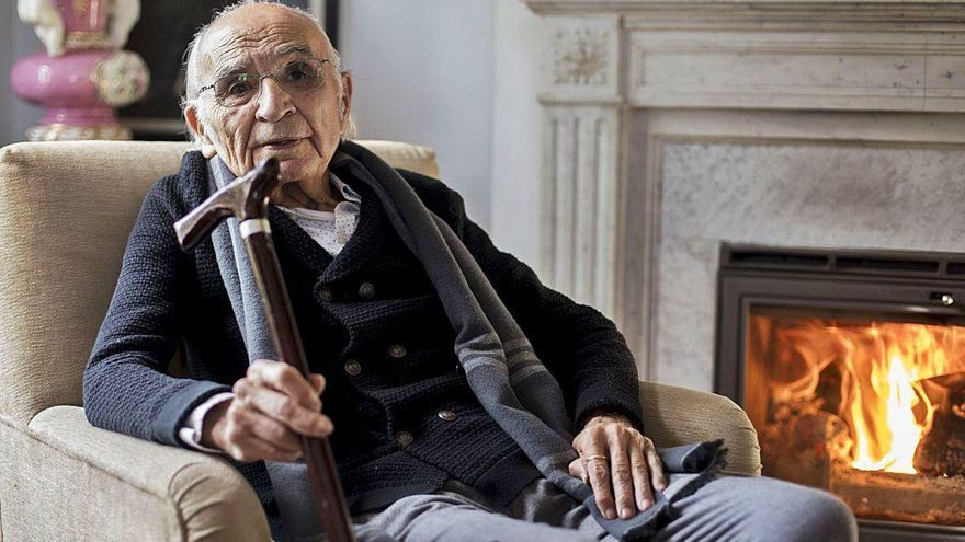 """El poeta """"intimista y entrañable"""" Francisco Brines, ganador del Premio Cervantes 2020"""