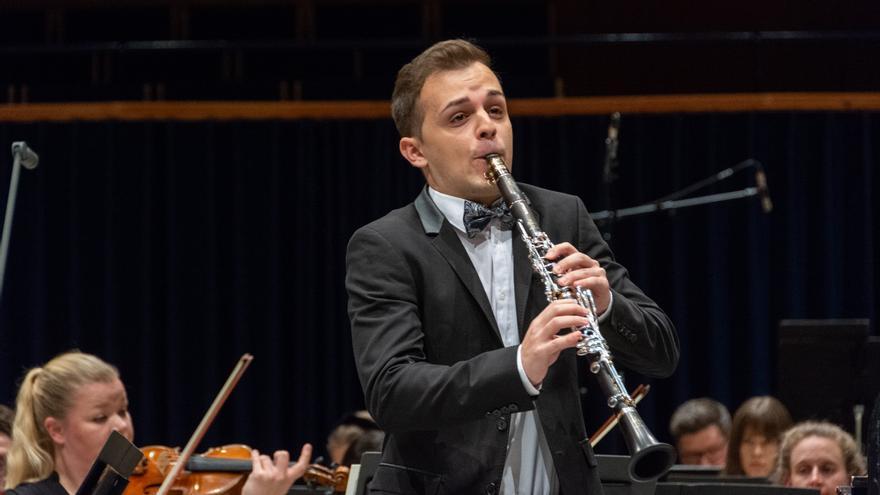 La diputación pacense acoge un recital de clarinete y piano