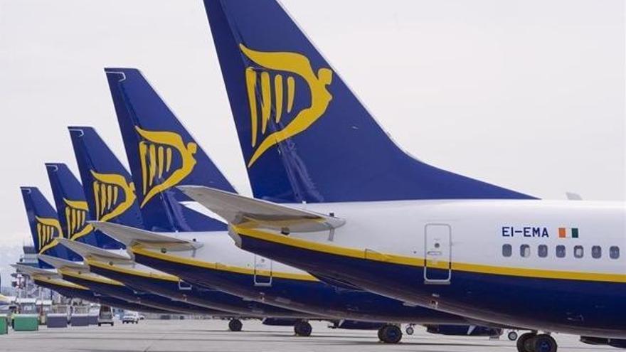 Dos avions xoquen a l'aeroport de Stansted de Londres abans d'enlairar-se