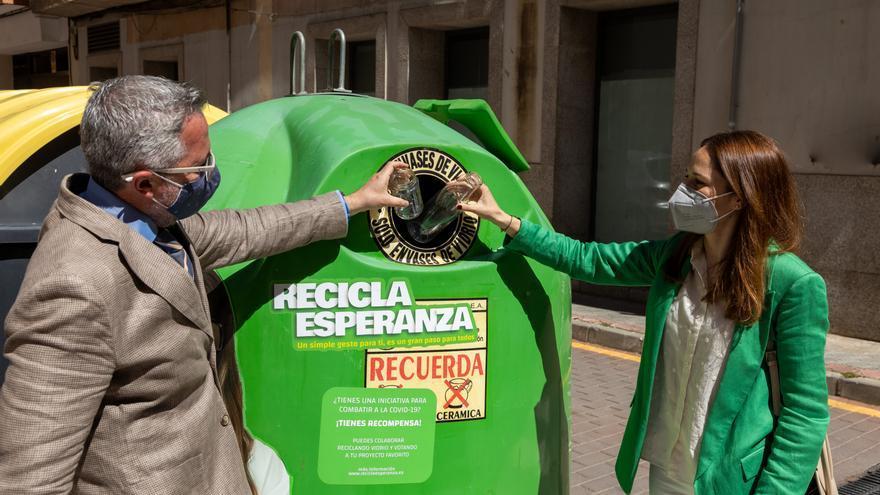 El Ayuntamiento de Caravaca se suma a la campaña 'Recicla esperanza'