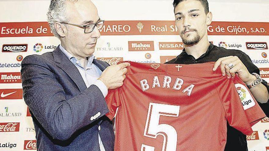 Torrecilla niega haber presentado una oferta por Mikel González