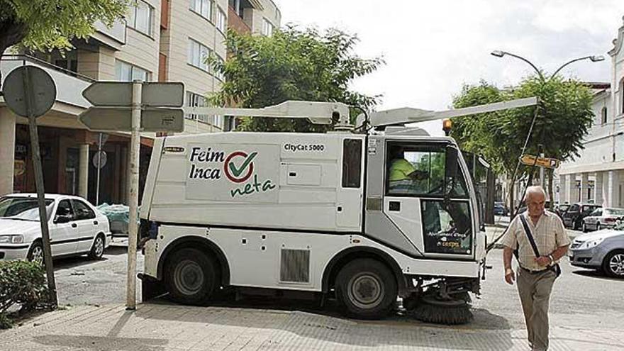El sector de la limpieza urbana amenaza con una huelga en agosto
