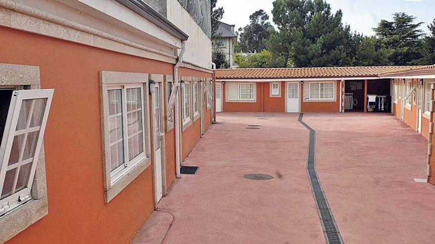 El Concello dejó sin ejecutar sus órdenes de 2009 para derribar galpones en A Zapateira