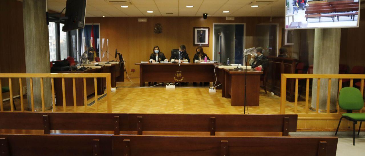 Una sala de los juzgados de Vigo.
