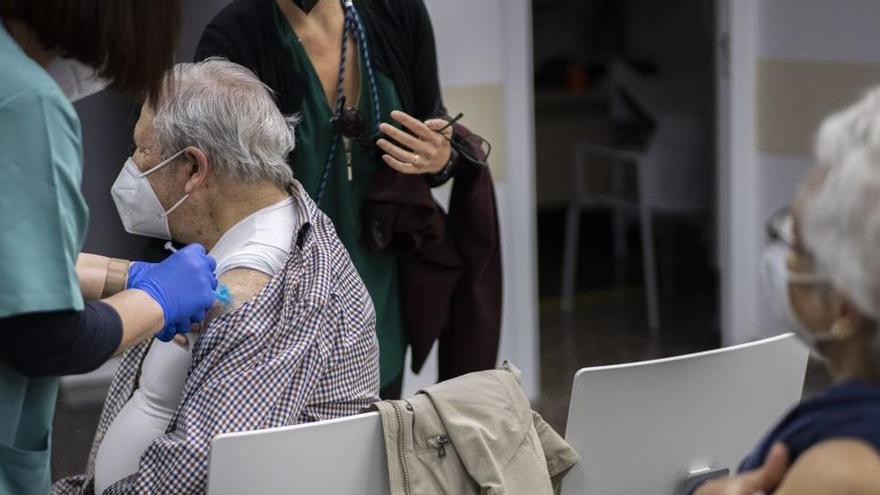 Ximo Puig es va reunir amb directius de Janssen per garantir dos milions de dosis per al País Valencià