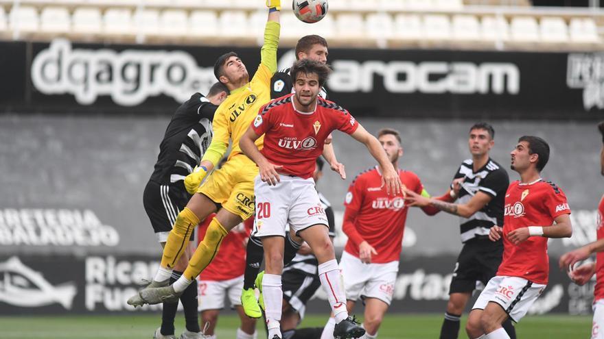 El FC Cartagena B gana al Imperial y se lleva el derbi de filiales (2-0)
