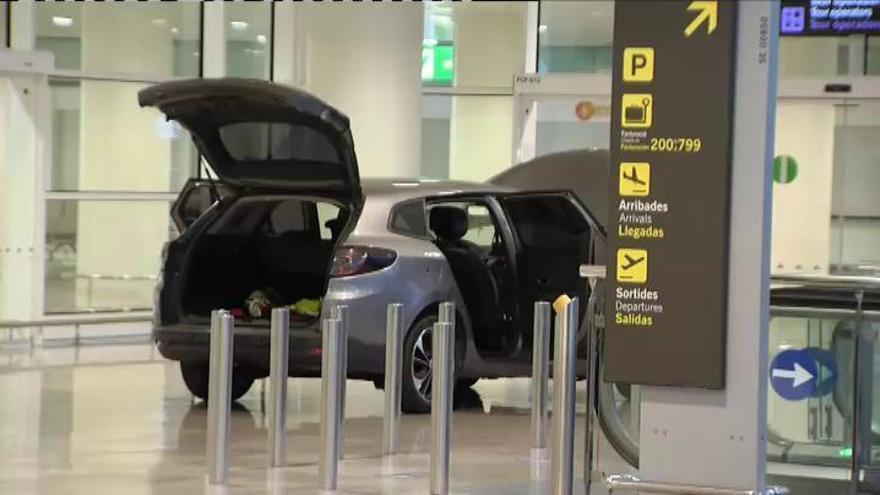 Dos detenidos por acceder en coche a la T-1 del aeropuerto de El Prat con proclamas islamistas