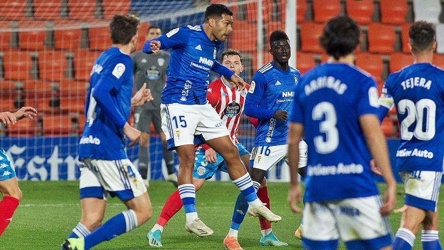 El análisis del momento azul: el Oviedo más dominador suma alternativas