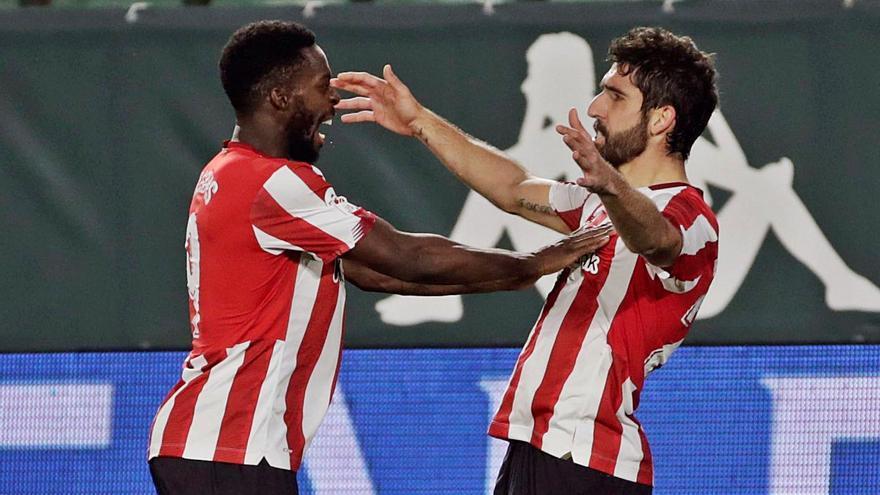 Simón y Raúl García llevan al Athletic a semis