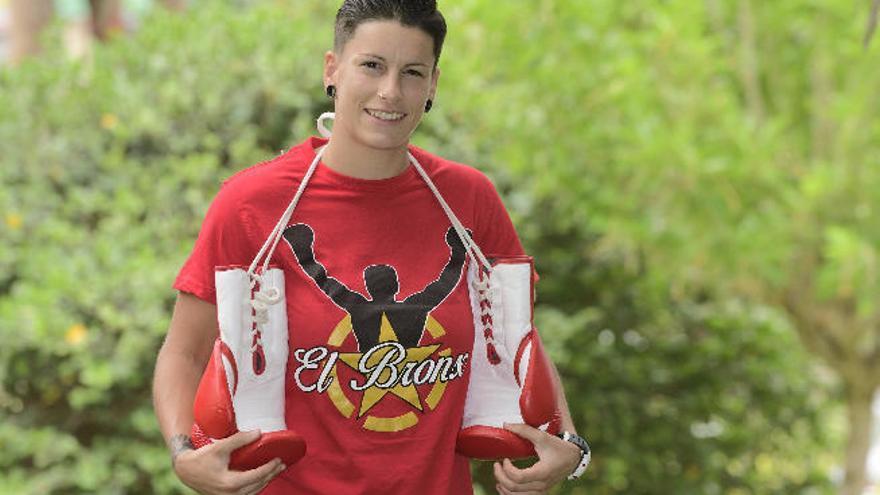 Davinia Pérez, a punto para el disputar el cinturón WBC Internacional