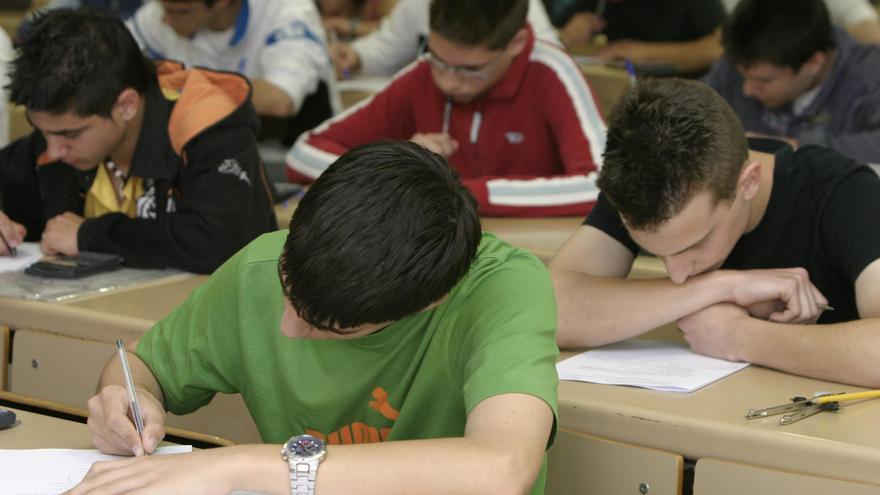 Los alumnos de primaria son líderes nacionales en matemáticas y ciencias