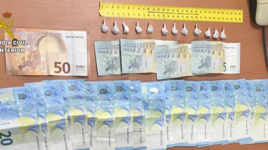 Sorprenden en Vinaròs a un hombre con 12 bolsas de heroína entre sus ropas
