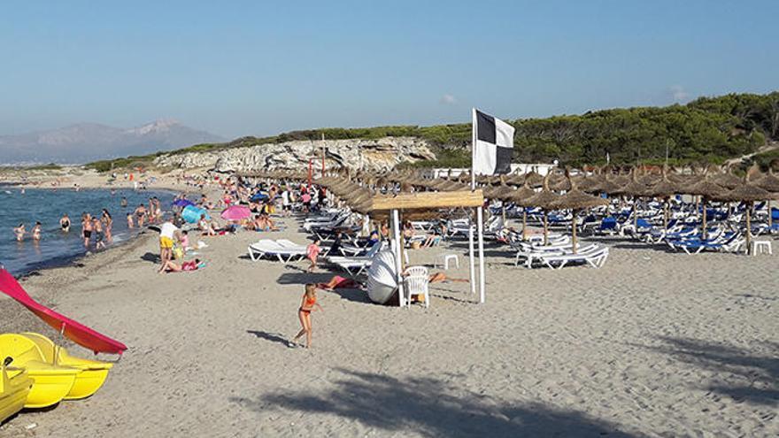 Mueren dos bañistas  ahogados en las playas de Son Bauló y Alcúdia
