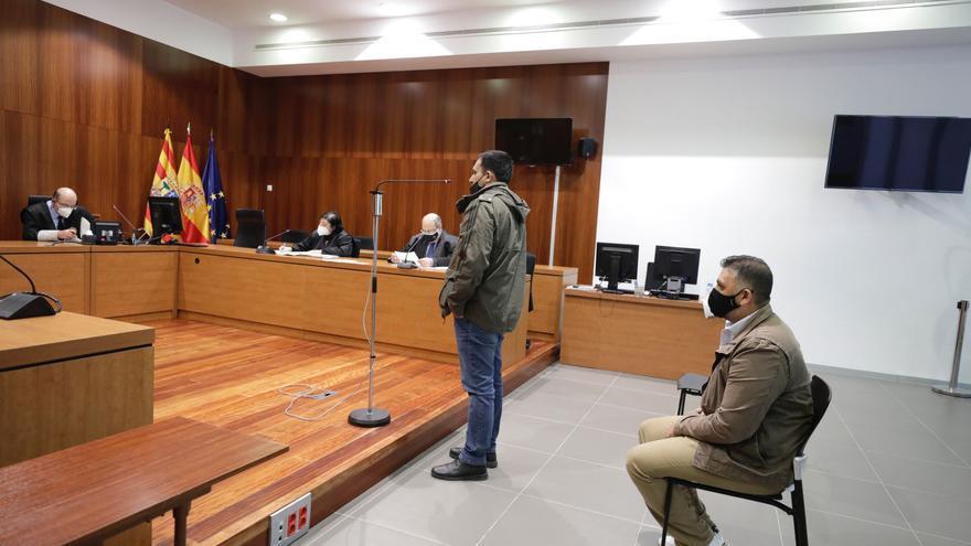 Dos hombres enfrentan a 3 y 10 años de cárcel, acusados de agredir sexualmente a una compañera de piso
