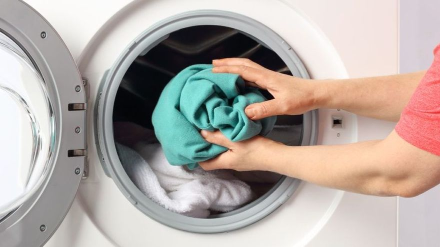 Primeros choques vecinales por poner lavadoras de madrugada