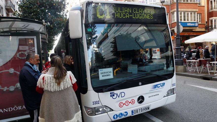 Los conductores de TUA y la empresa tratarán de alcanzar hoy un acuerdo para acabar con la huelga del transporte urbano