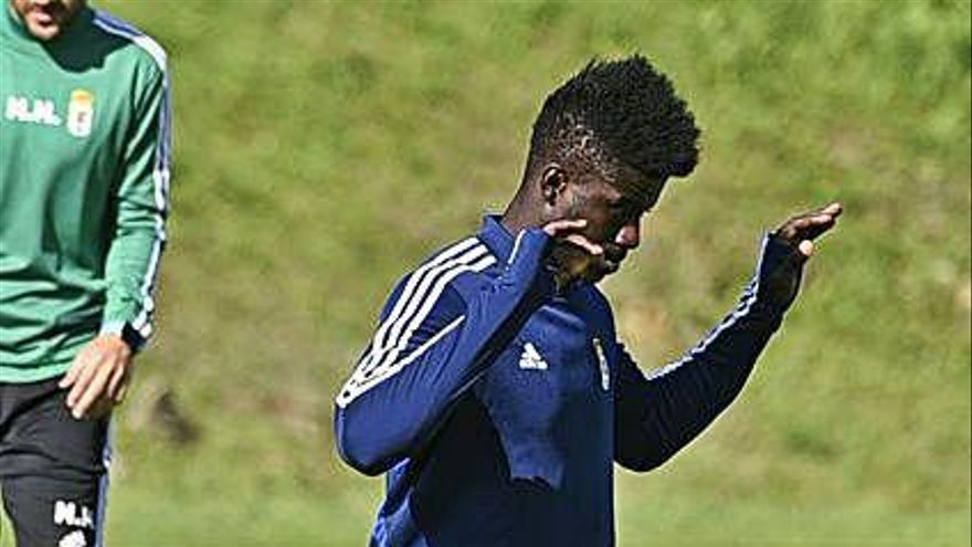 Obeng: el contrato más largo en el Oviedo desde Joselu