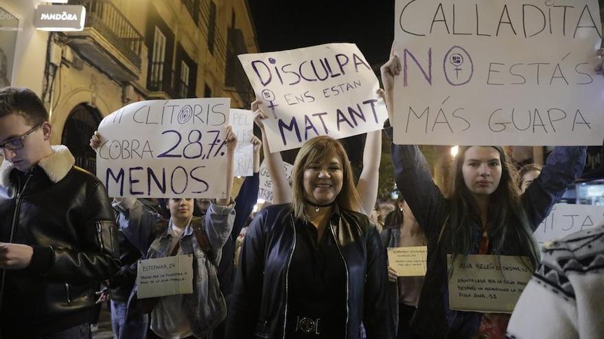 Tausende protestieren auf Mallorca für Gleichberechtigung