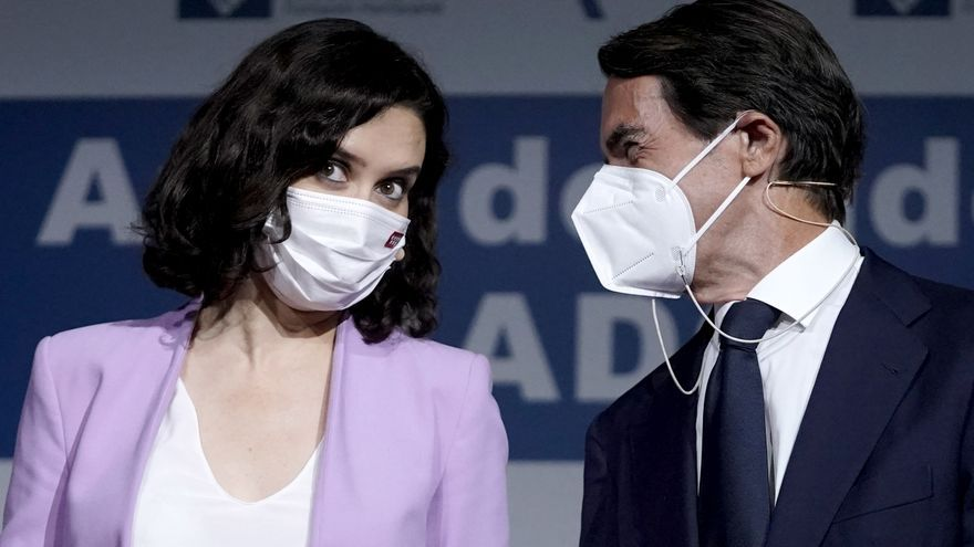 """Ayuso, arropada por Aznar, dice que no se callará ante la """"corruptela independentista"""""""