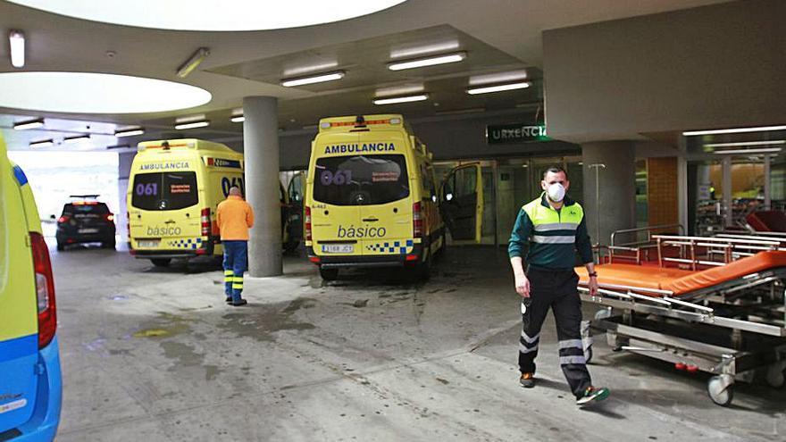 Las quejas del servicio de Urgencias del CHUO saltan al Parlamento y al COE