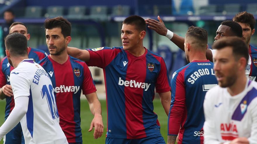 Sigue en directo el Eibar - Levante UD