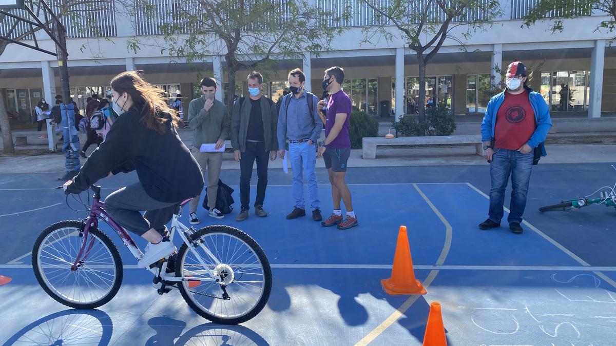 El proyecto de bicicletas llevado a cabo en el IES Bovalar.