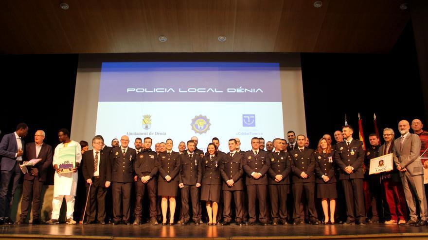 Cuatro de los nuevos 11 policías de Dénia son mujeres