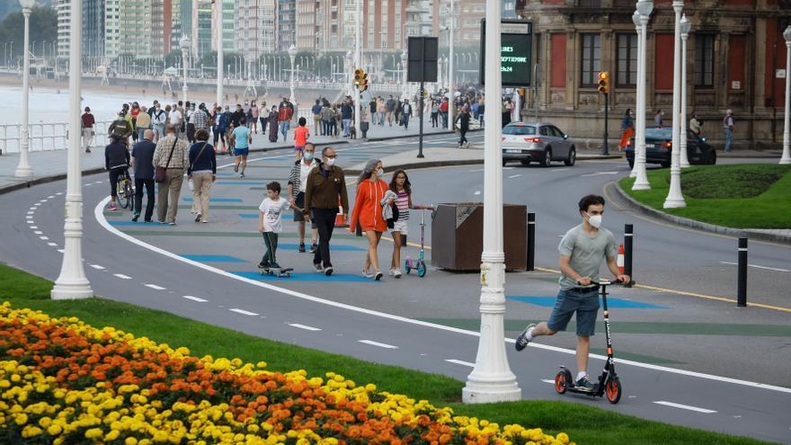Gijón se mueve, pero no a gusto de todos