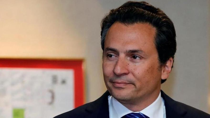 El juez envía a prisión al exdirector de la petrolera mexicana Pemex