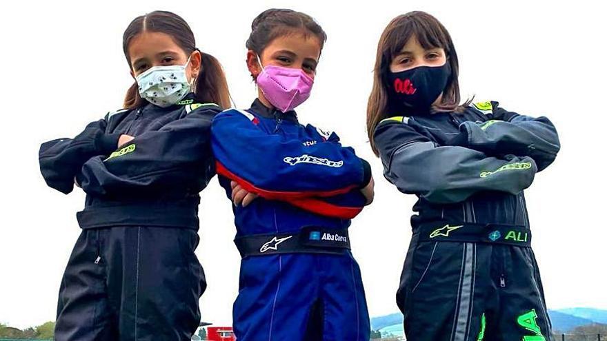 El Langreo Motor Club saca un equipo femenino de karting