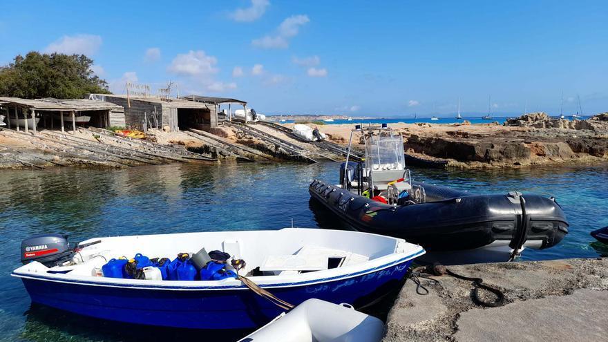 Llegan 28 inmigrantes argelinos a Formentera a bordo de dos pateras