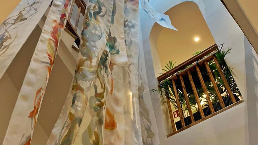 Igualada té un hotel on es combina l'acollida d'hostes amb l'art en teixits