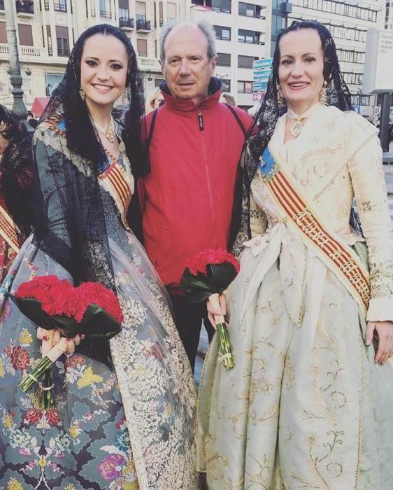 Alicia Andrés, con su padre y su hermana