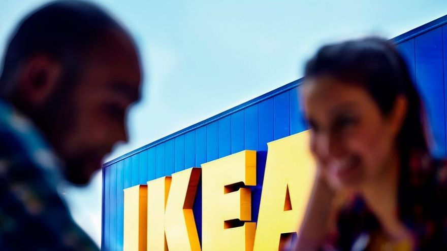 Multa millonaria a Ikea por espiar a sus empleados