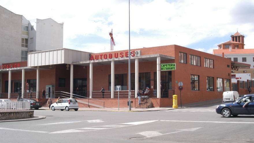 IU Benavente insta a la Junta a que reforme la estación de autobuses