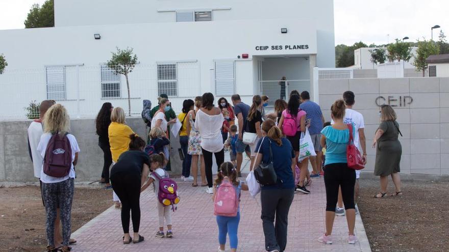 Ibiza registra siete alumnos positivos en covid