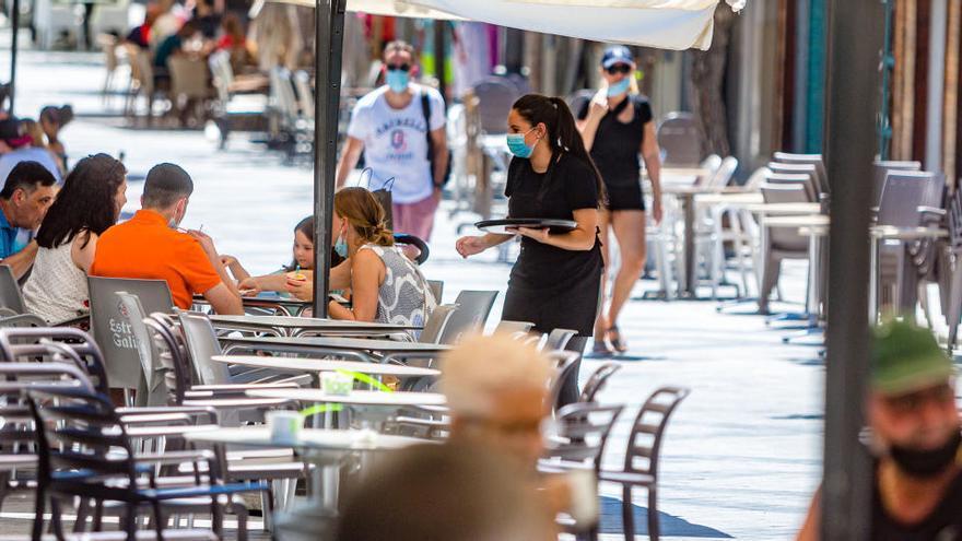 La provincia de Alicante registra más de 8.400 ERTE en agosto que afectan a 27.567 trabajadores