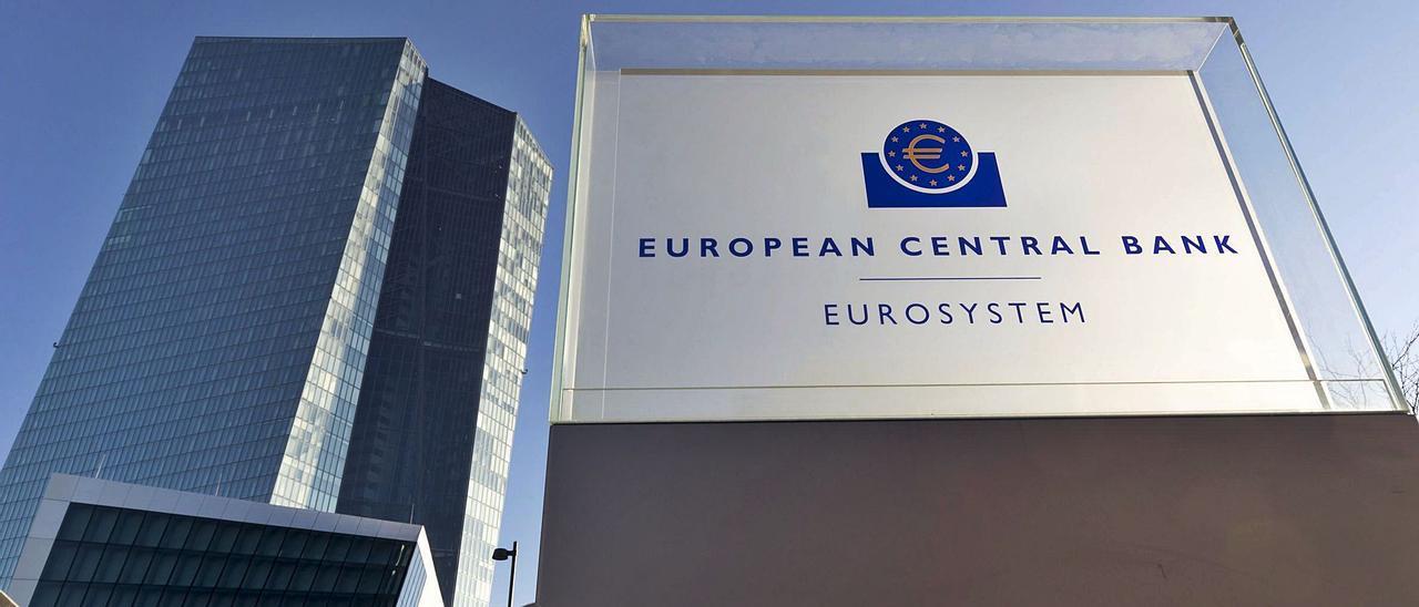 Sede del Banco Central Europeo (BCE) en Fráncfort.  | EFE/RONALD WITTEK