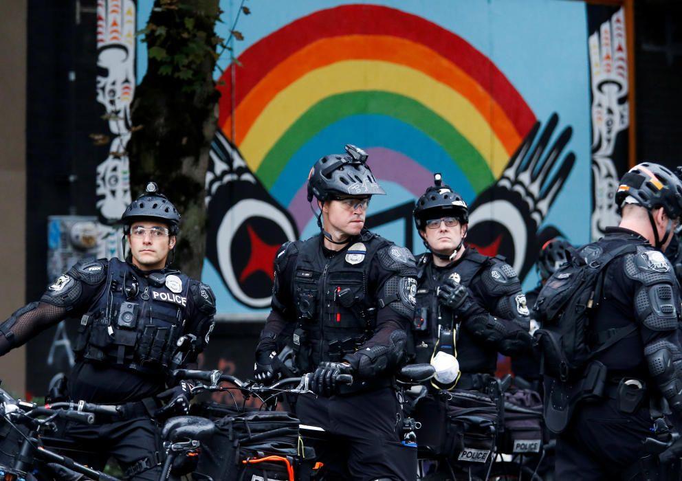 Seattle Police retake the CHOP area in Seattle