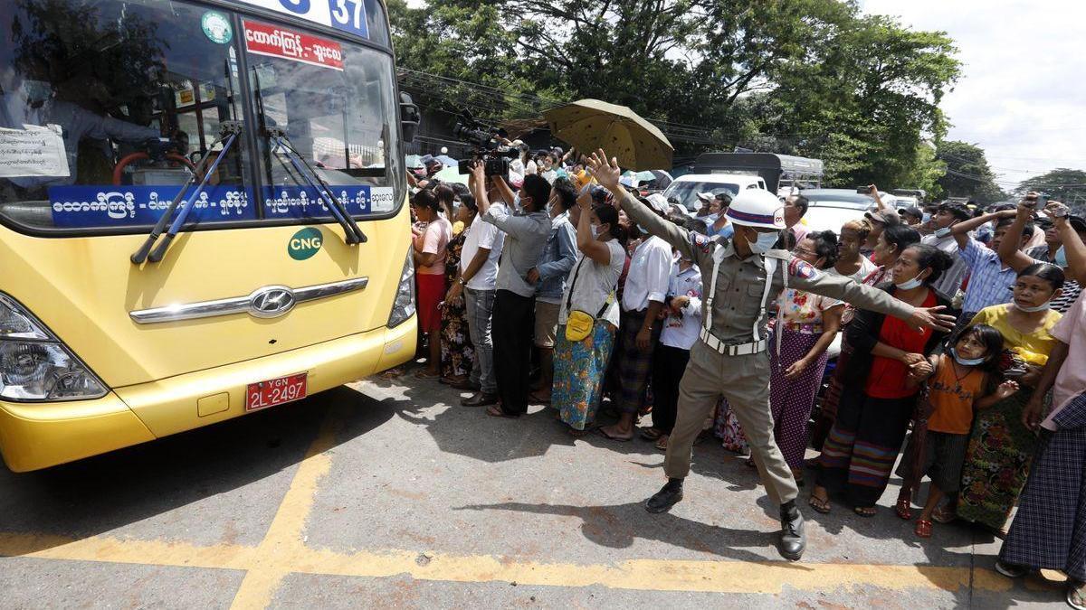 Birmania amnistía a unos 23.000 prisioneros por el Año Nuevo budista
