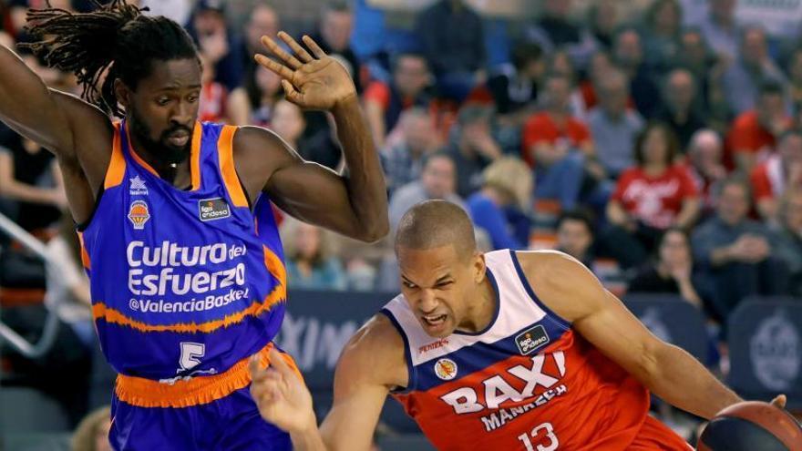 El Valencia Basket se aferra a La Fonteta