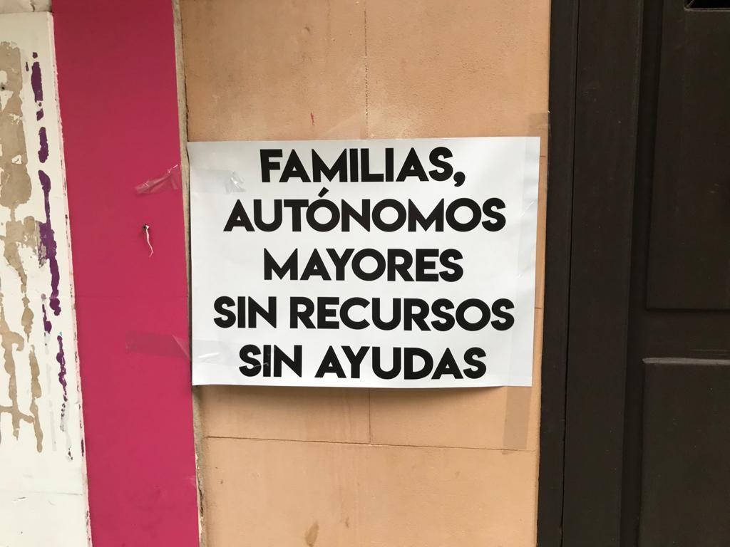 Palma amanece llena de pancartas con mensaje solidario