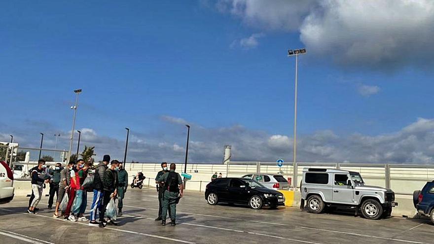 Arriban a Formentera dos pateras con 21 migrantes con apenas seis horas de diferencia
