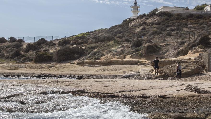 Compromís recurre ante la Autoridad Portuaria la instalación de un restaurante en el faro del Cabo de la Huerta