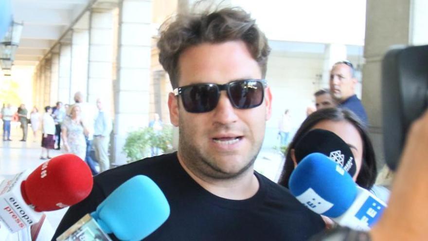 """El Prenda: """"Me ha durado menos el club de fans que Iglesias en un barrio obrero"""""""